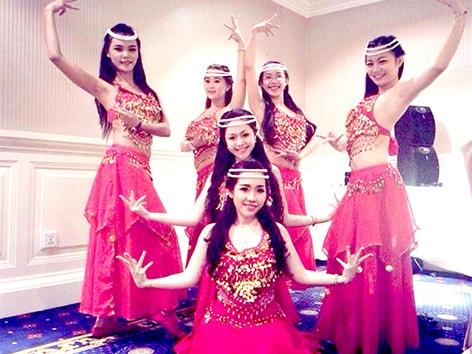 Nhóm Nhảy Sôi Động đẹp